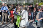 Presenting bouquet to Mary Guinan - Graphic Designer